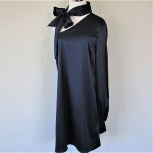 NSR Dresses - NWT NSR Navy Satin One Sleeve Tie Sash Midi Dress